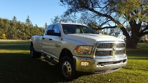 !!! 2013 RAM 3500 DIESEL 6 SPEED 4X4 LONG BOX!!!