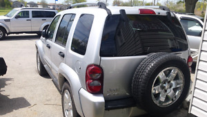2006 jeep liberty 4x4 limited edition fully loaded London Ontario image 5