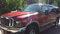 2001 Ford Excursion Limited SUV, Crossover