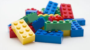 LEGO THEME SETS OFFERED - MINT COLLECTION !