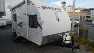 Wolfpup 16p light wight withbunks $8,900