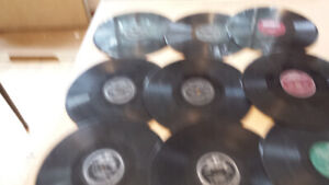 LARGE COLLECTION OF MAINLY ROCK AND ROLL 78 RPM RECORDS