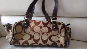 Coach purse in excellent used condition Kitchener / Waterloo Kitchener Area image 2