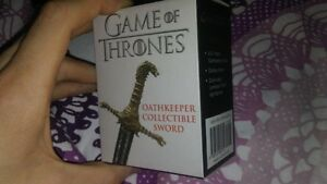 Game of Thrones Oathkeeper Mini Kit Collectable