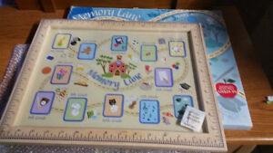 MEMORY LANE PICTURE FRAME - NEW IN BOX-GRADE 1-12 PICTURE SPACES