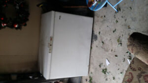 Working chest freezer for sale