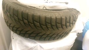 Barely used winter tires 215/60R16