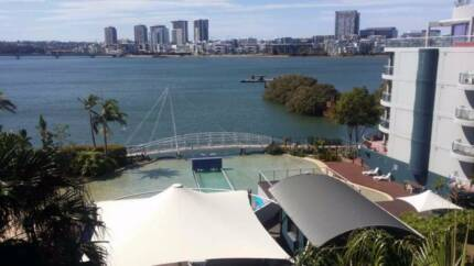 Wentworth Point - WaterFront - Pool & Gym - Furnished - Own B