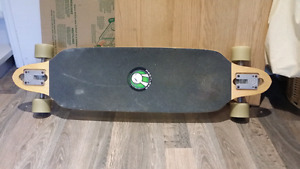 Planche de type long board