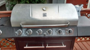 BBQ works great, no grills