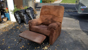Soft Plush, Comfortable Reclining chair, asking $60.00
