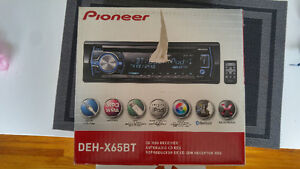 Pioneer car radio cd Bluetooth iPod control
