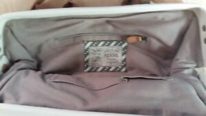 Fossil Carrying Bag Low Price London Ontario image 2