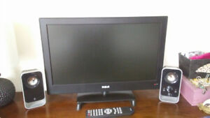24 inch RCA flat screen TV w/ Logitech speakers