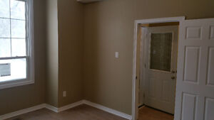 1st floor unit for rent - available May 1st