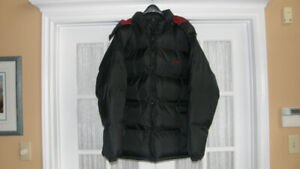NEW AVIA MEN'S PUFFER JACKET WITH HOOD - SIZE XL