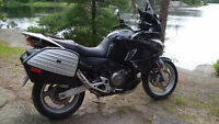 Honda Veradero XL1000V Adventure Touring
