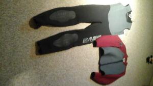Men's two piece wet suit