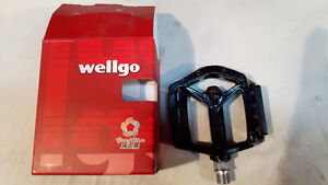 VARIETY OF BICYCLE PEDDLES AND WATER BOTTLE HOLDERS