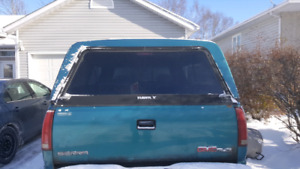 8 ft truck bed cap forsale