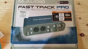 Fast Track Pro Audio 4x4