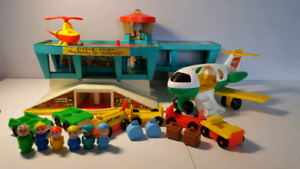 FISHER PRICE 996 aéroport little people