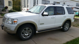 **REDUCED** 2007 Ford Explorer Eddie Bauer Edition
