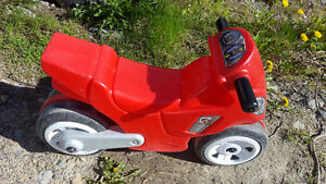 little tikes motorcycle- EXCELLENT CONDITION