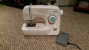 Sewing Machine (Brother XL-3750)
