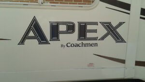 Apex 22 QBS travel trailer