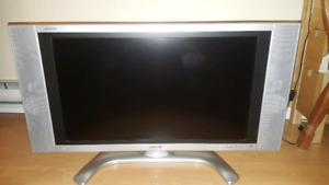 LCD TV 32 inch Great Sound