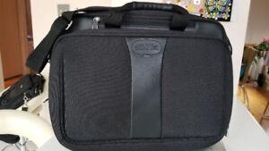 malette, sac ordinateur portable Bugatti/ laptop briefcase 18''