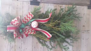 Live wreaths & swags