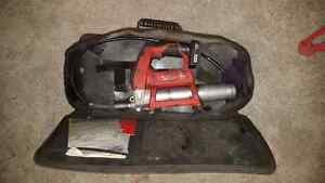 milwaukee M12 grease gun