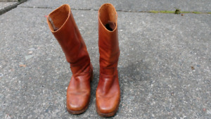 Frye vintage engineer boots size 10 D
