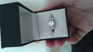 Cubic Zirconia Cambridge Kitchener Area image 1