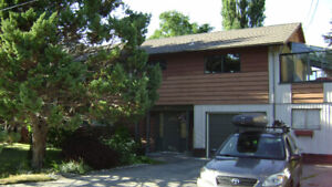 House for Rent 3BR Squamish/Brackendale