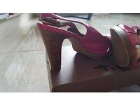 Pink sandals by Tamaris. Size 4 (37)