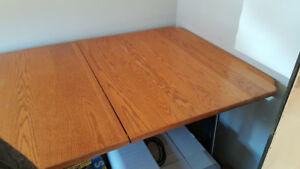Dining Table (Red Oak)