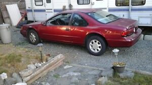 1995 Ford Thunderbird Coupe (2 door)