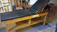 Tables massage,dossier inclinable..Excellente condition! $180.00