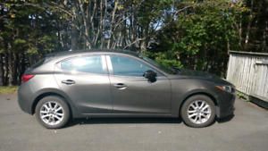 2014 mazda 3 touring hatchback.