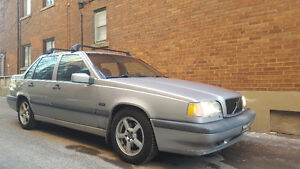 1997 Volvo 850 GLE A1 mechanics,clean,very reliable $1300 obo!!