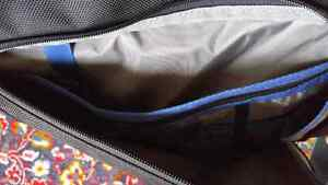 Thinktank Urban Disguise 50 Laptop and Camera Bag Kitchener / Waterloo Kitchener Area image 5