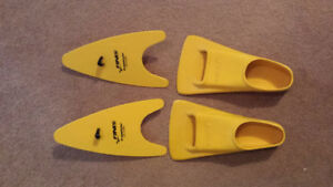 Swim fins size E, and hand paddles for swim training for sale.