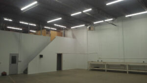 * Clean Warehouse Space Available for Lease in West Edmonton