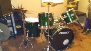 Peavey 5 Piece Drum Set********NEW PRICE********