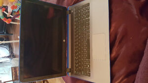 "15"" blue HP laptop. Great condition. Prince George British Columbia image 1"