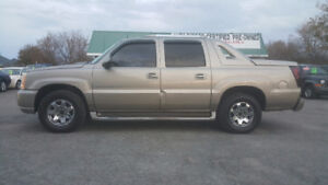 CADILLAC ESCALADE EXT 4X4  *** CERT $7995 *** 100% APPROVED