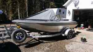"2013 14'8"" firefish center console"
